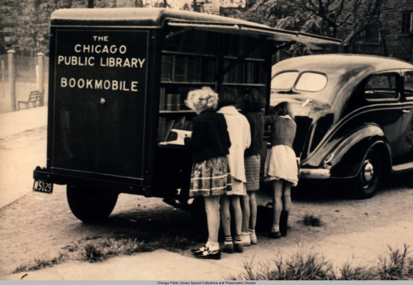 chicagopubliclibrary:  Vintage Chicago Public Library Bookmobile Check out the digital collection for more! (h/t thelifeguardlibrarian for inspiring this post)