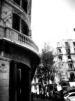 "sammi-j-photography:  ""Just Around The Corner""Barcelona, Spain. SJ Photography. 2009."