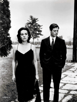 finestrasulcortile:  Marcello Mastroianni and Jeanne Moreau in La Notte [1961]