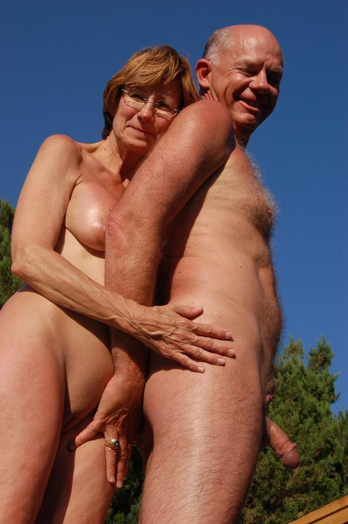 sensual nude couples