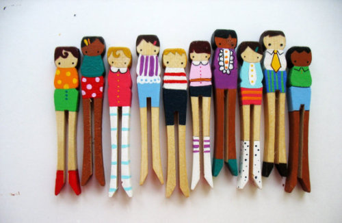 flipsideofamemory:  (via handmade wooden folk art clothespin dolls RESERVED by mooshoopork)