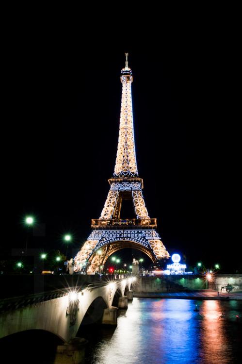 Eiffel Tower Tumblr Wallpaper | www.imgkid.com - The Image ...