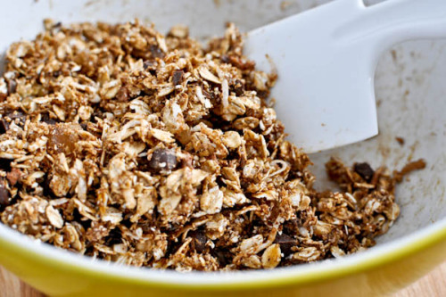 (via Gingerbread Granola | How Sweet It Is)