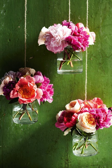 Such a cool idea. I love new and refreshing ways to display flowers.