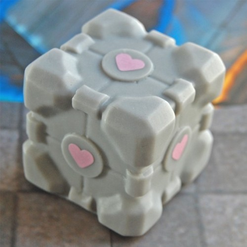 Cake scented Companion Cube soap… Yes please. Check out SoapLane for other nerdy soaps, including Transformers, Thundercats, Pac Man, Boba Fett, NES Controller, the Tardis and more!