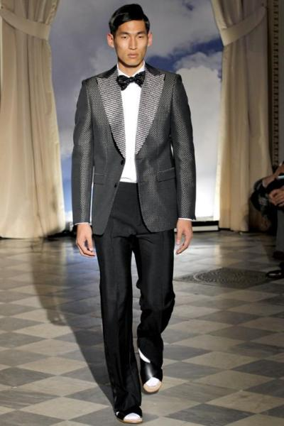 runway. jae yoo for viktor & rolf 2012.