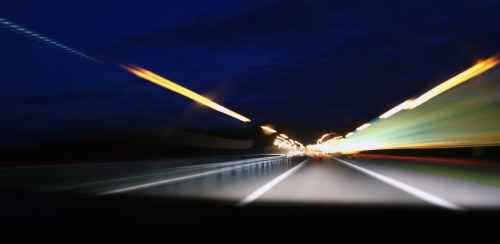 long-exposure-moving-car