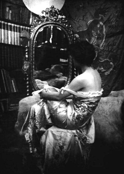 billyjane:  Model study ,1890s by Alphonse Mucha *