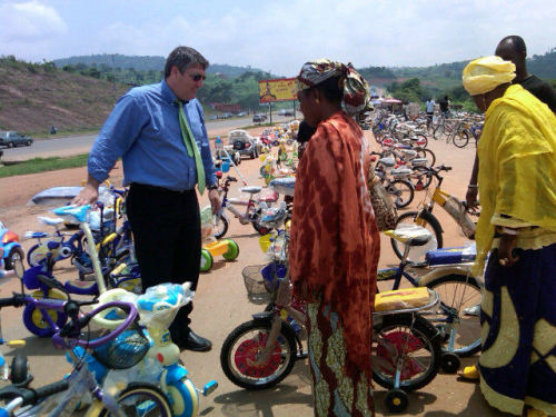 DanaPerino  Kids at Abuja wanted bikes. @michaelpmeehan and I in car saw bikes for sale. Now negotiating. #usib http://yfrog.com/kiaqytvj … DanaPerino  4 bikes, a dangerous u-turn, and a crowded vehicle, @michaelpmeehan and I on way to deliver! #usib http://yfrog.com/kjrcqzj