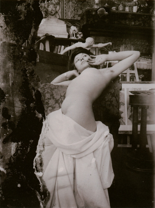 Oh, wow. This is just amazing.  episodesandaccidents:  Model in Alfons Mucha's studio in the rue du Val de Grâce, Paris, ca. 1902–04