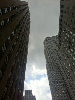 joshsternberg:  Clouds above Rockefeller Plaza. New York City.