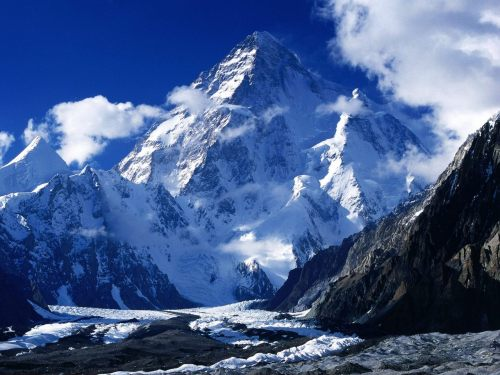 K2 - Pakistan   via : notyouraveragepakiboy Follow us on Facebook | Twitter or Submit something or Just Ask!