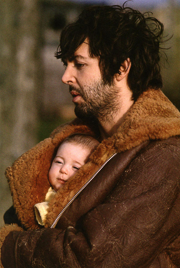 Paul McCartney et sa fille Mary - Linda McCartney - via Everyday I Show