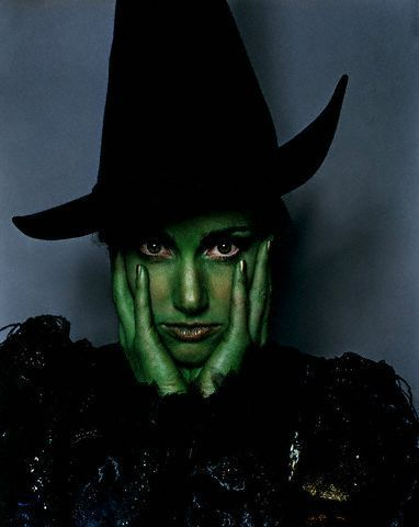whatmollylikes:  Idina Menzel as Elphaba in Wicked  I love this picture. I've been on a Wicked kick lately. And I'm always on an Idina kick. Also no other Elphaba has ever pulled off the green like Idina.
