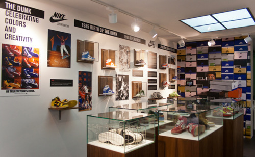 nicekicks:  SneakerMuseum Nike Dunk Exhibit  TAKE ME THERE!!!