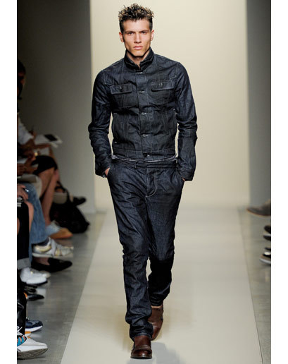 Good Vibes: Bottega Veneta Spring 2012 The Vibe for Spring 2012: A mix of tough (dark denim, biker-inspired jackets, heavy trenches, wool cardigans) and soft (brown suits in patterns, summer scarves, dollops of bright color), perfectly balanced in that to-be-expected Bottega way. Tomas Maier's luxurious touch takes on a rough-hewn feel without sacrificing its trademark lush attitude. A master class in versatility. See GQ's entire Spring 2012 recap or check out the Bottega Veneta Spring 2012 collection.