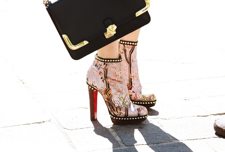 statementshoes:  Mary Katrantzou / Unknown Bag