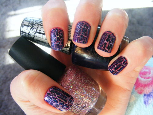 OPI Teenage Dream + OPI Navy Shatter (via trashycouture)