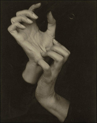 littlewoollyone:  Stieglitz, Georgia O'Keefe's Hands, 1918