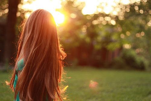 """""""As misericórdias e as bênçãos vêm sob diferentes formas — algumas vezes como provações. """"Agradecerás ao Senhor teu Deus emtodasas coisas"""".""""Em todas as coisas"""" significa exatamente isso: as boas e as difíceis — não só algumas delas. Ele nos manda ser gratos porque sabe que a gratidão nos torna felizes. Essa é outra prova de Seu amor.""""  - Bonnie D. Parkin"""