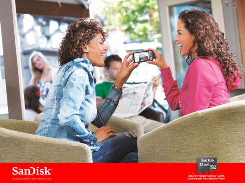 I've been slaving away on a Flash Presentation for SanDisk and who do I spot, the beautiful @MsSaffiKarina ..who is the cute mate?