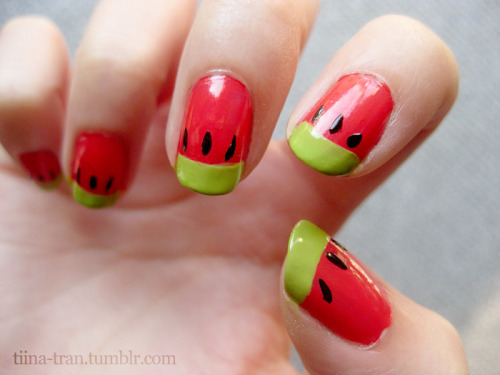 Whoopwhoop! Painted my nails today, I've been meaning to do watermelons for a long time, finally got around to it 8D