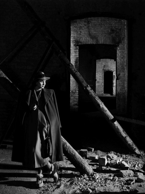 oldhollywood:  Alida Valli in publicity still for The Third Man (1949, dir. Carol Reed) (via)