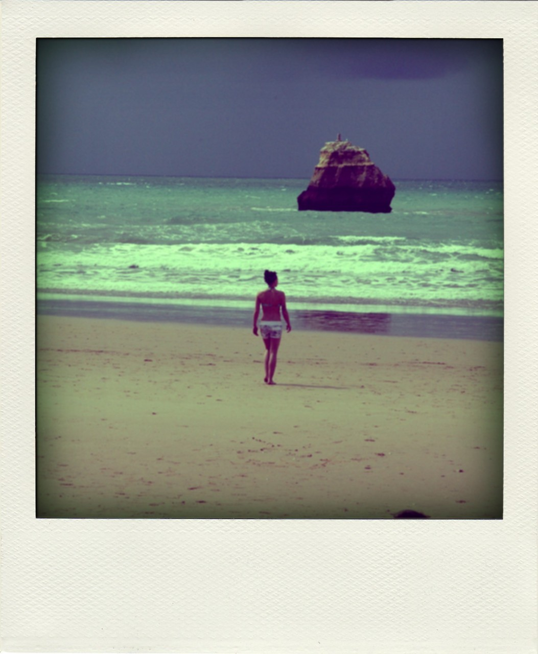 Found this really cool app which can make digital pictures into polaroids… My new favourite thing to pass the time!!!