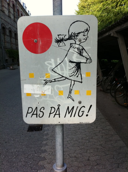 dcwdesign:  Sign in Copenhagen outside my housing.