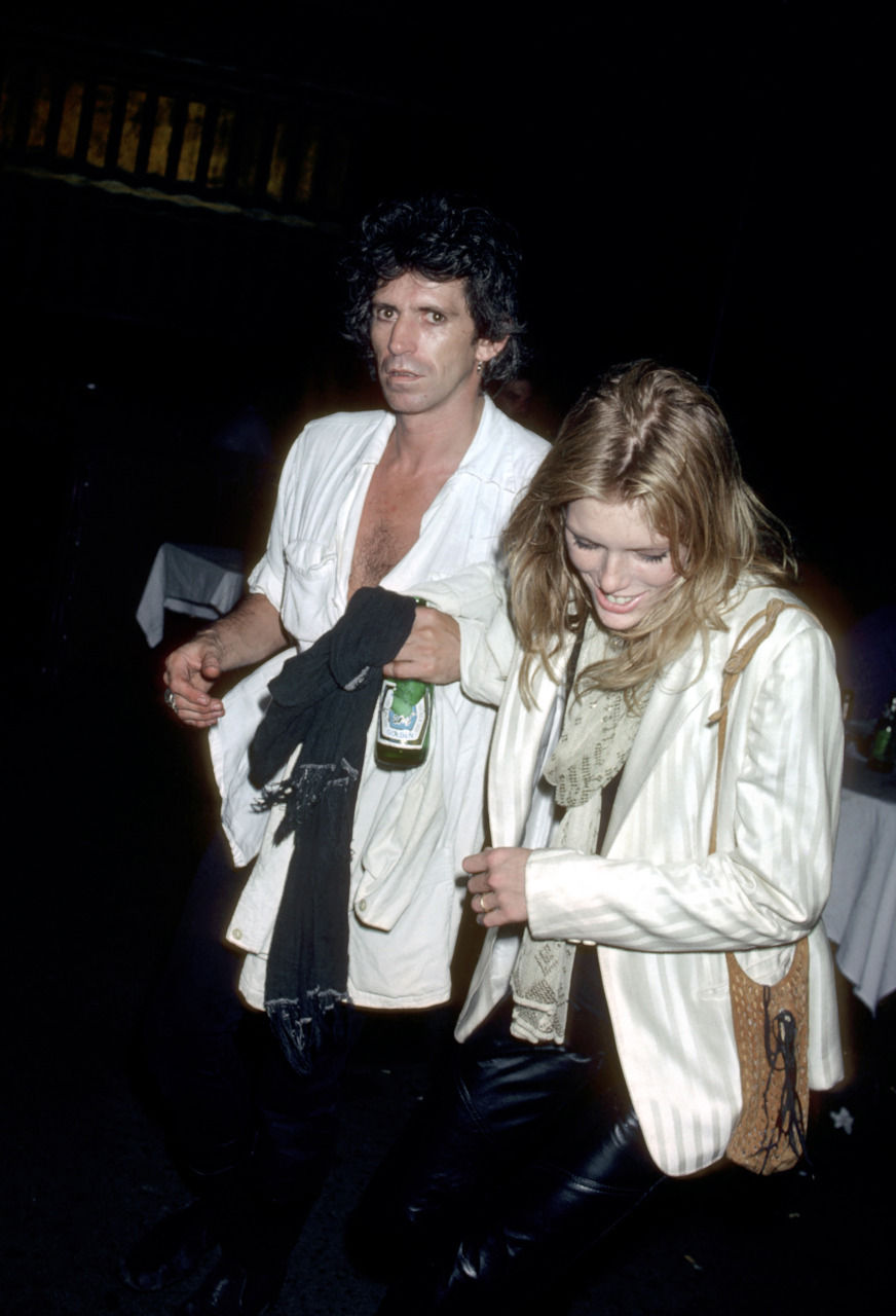 Keith Richards walks with Patti Hansen, March 1, 1971. Photo: Getty Images Kate Moss' highly anticipated nuptials is just the latest in a long string of model-musician marriages. Here's a roundup of the good, the bad, and the ones that got really ugly