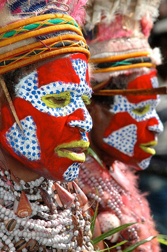 petitcabinetdecuriosites:  Papua New Guinea Travel (by asiatranspacific)