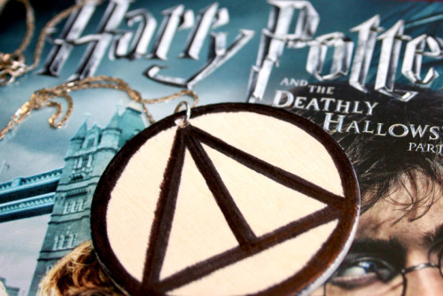 Harry Potter and the Deathly Hallows inspired easy DIY necklace.