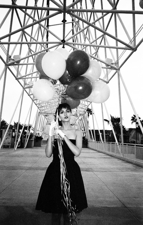 derekwood:  Victoria Justice Long Beach - 2010 © Derek Wood