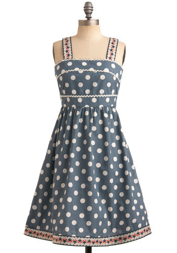getting this dress in a couple of days, way too excited! hope its all worth the price and bloody expensive shipping fee.