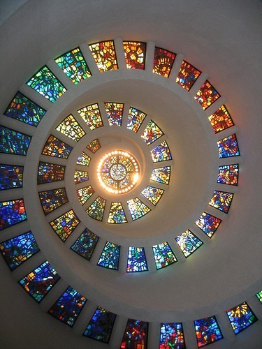 (via Random Lovely / stained glass windows)