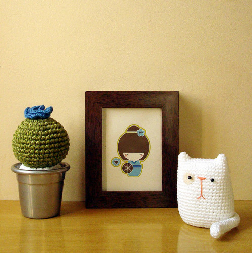 hipstercrochets:  kitty by Maria Handmade on Flickr.