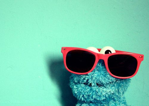 As a big fan of cookie monster, o have to say this is one of the most adorable pic I have ever seg across in my life