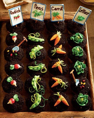 cutiemonster:  Garden Party Cupcakes at womansday.