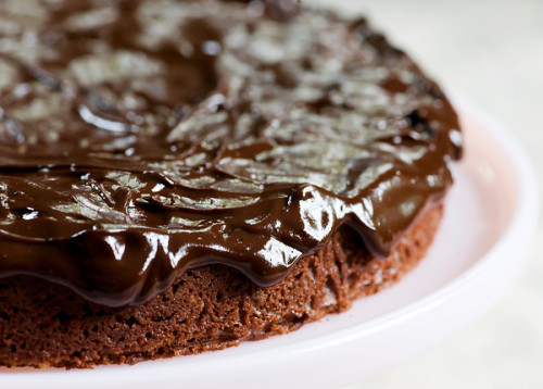 lovelylovelyfood:  Chocolate Walnut Cake