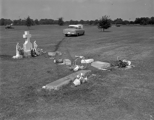 Riverview Cemetery accident by The Library of Virginia on Flickr.  Creator: Adolph B. Rice Studio Date: 1961 July 27