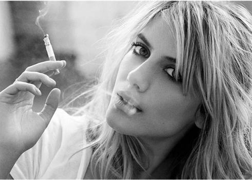 spikesdiary:  Melanie Laurent  She is so beautiful