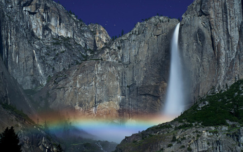 Yosemite Falls Moonbow by Matt Granz Photography on Flickr.