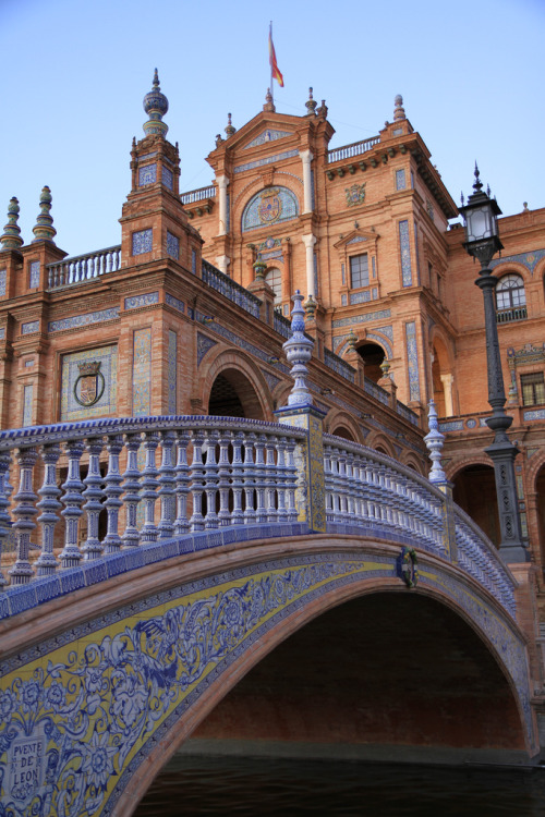 travelthisworld:  Plaza de Espana, Seville, Spain