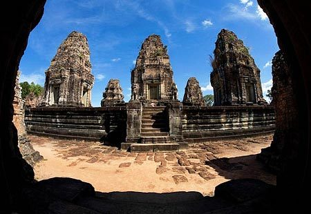 vacationlocation:  Angkor Wat, Cambodia