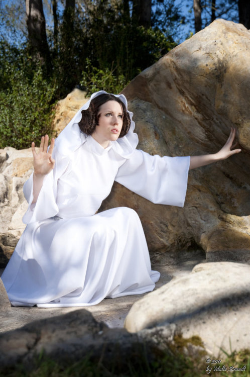 Leia Organa from Star Wars Original Trilogy cosplayed by ~FallenAlice