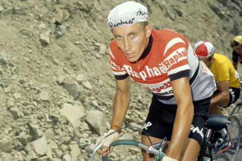 cycleboredom:  raiment-vancouver:  Anquetil for Raphaël Géminiani, 1963 Tour de France  Fantastic shot.