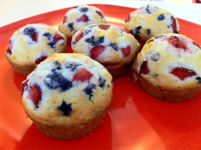 anniefromtx:  I made 4th of July muffins! Added some strawberries to blueberry muffin mix for a lil bit of red white and blue!