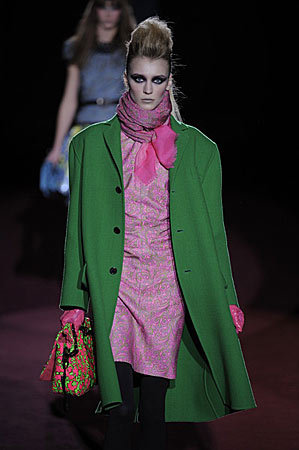 Love these colors.  Marc Jacobs - Fall/Winter 2009 Collection at New York Fashion Week.