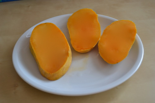 Honey Mangos from Pakistan are like sweet heaven in your mouth. (via ivegotwanderlust) We try our utmost to be modest, we try our best to accept that we are just ordinary people like anyone else with simple ordinary things. But sorry our mangoes are unmatched, and you have no idea what we are talking about until you have tried one yourself!   Follow us on Facebook | Twitter or Submit something or Just Ask!