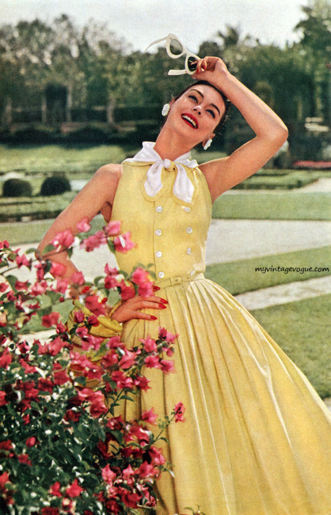1960 Celanese - Anne Gunning  I want this dress!